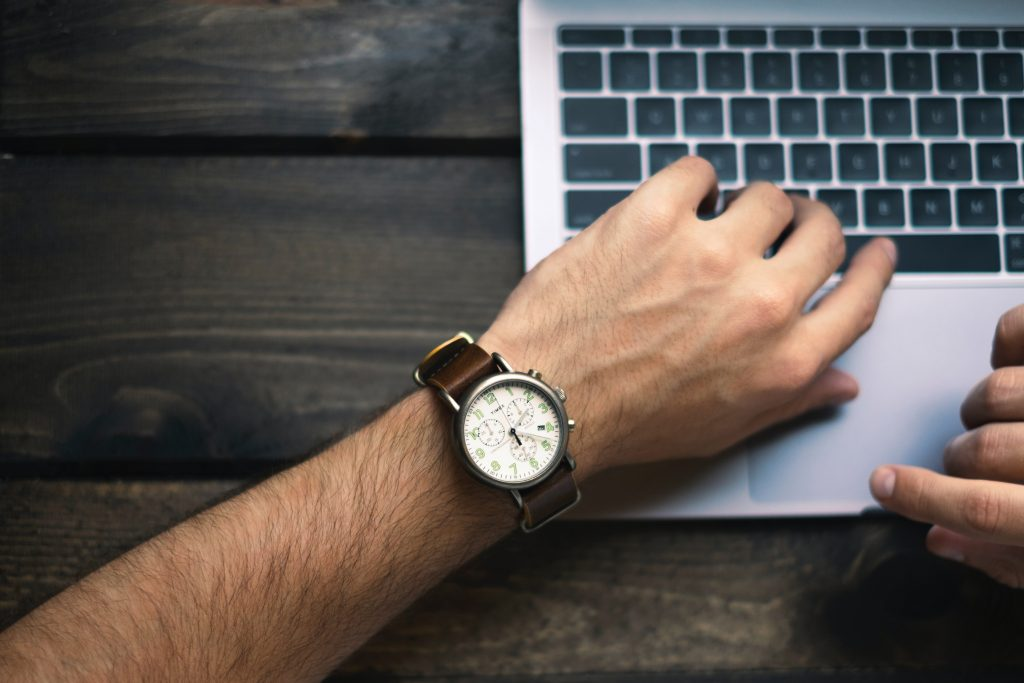 zegarek-dla-prawdziwego-mezczyzny.-jaki-powinien-byc?