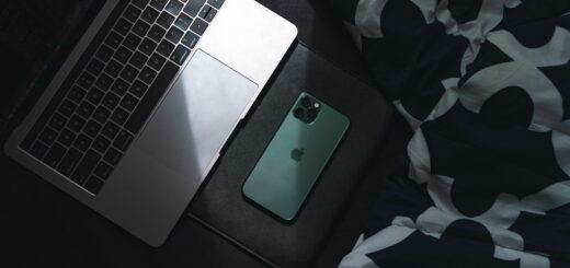 roman-giertych-dziekuje-apple.-iphone-telefonem-nie-do-zlamania?