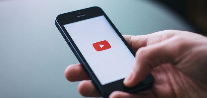 youtube-usuwa-filmy-rozpowszechniajace-mylace-informacje-nt.-covid-19